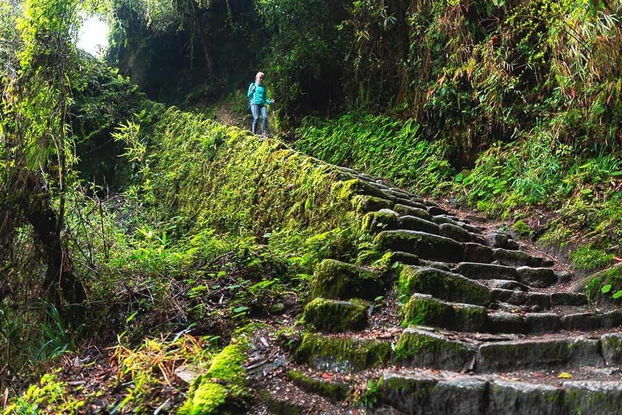 inca trail to machu piccu